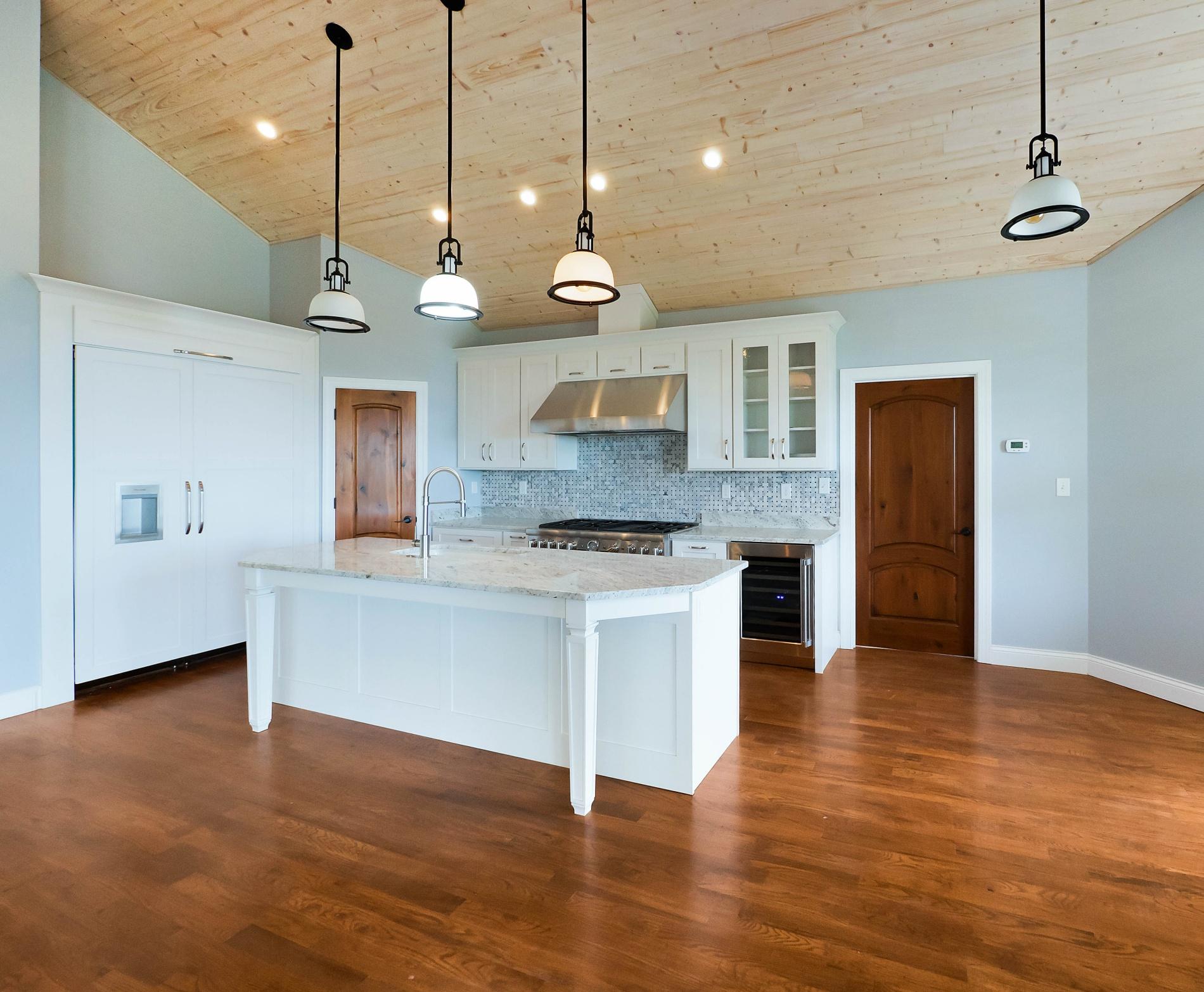 white-shaker-Kitchen-custom-home-builder-chattanooga